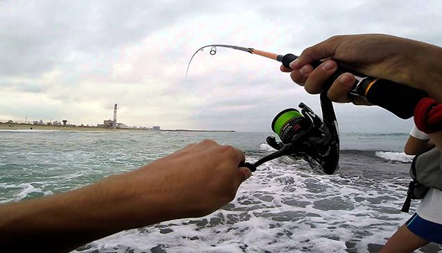 Особенности морской рыбалки со спиннингом.jpg