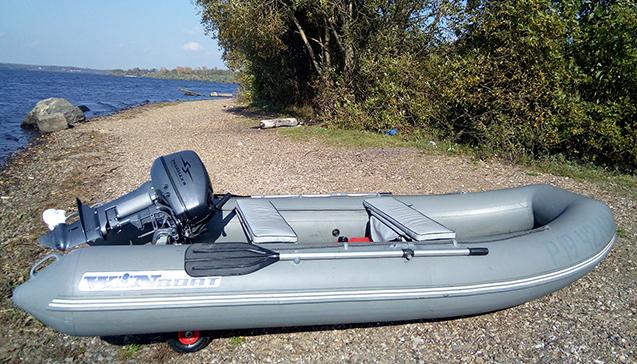 Надувная лодка с пластиковым дном.jpg