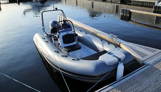 Как выбрать лодку с пластиковым дном и надувными бортами.jpg