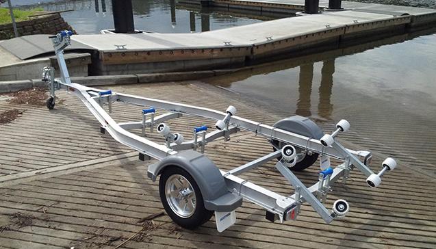 Как выбрать тележку для резиновой лодки.jpg