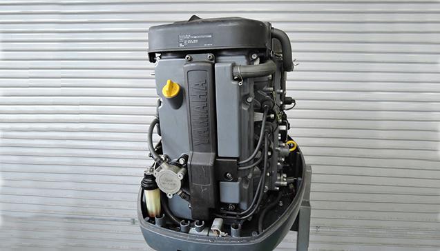 Лодочный мотор Yamaha 100 л. с. - teh.jpg