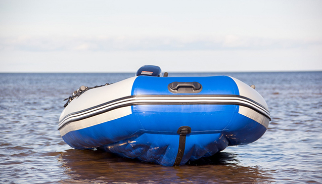 Лодка ПВХ 300 сантиметров.jpg