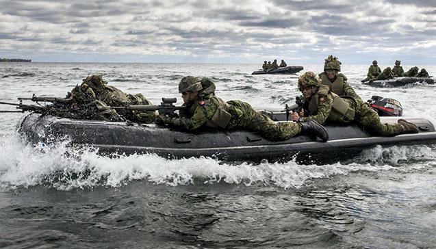 Военные надувные лодки.jpg