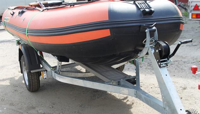 Как выбрать прицеп для лодки ПВХ.jpg