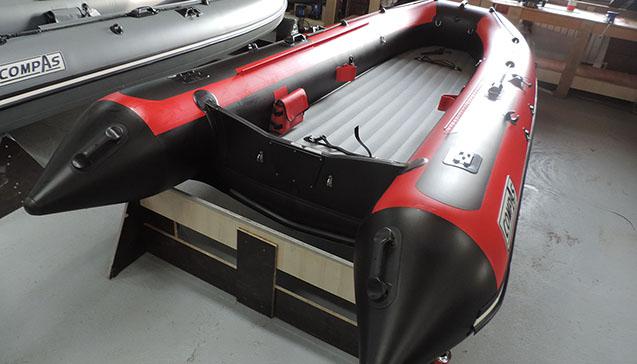 Лодка ПВХ 420 сантиметров.jpg