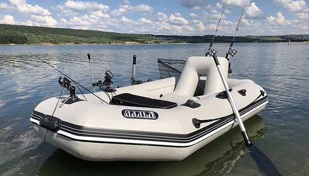Лодка ПВХ 250 сантиметров2.jpg