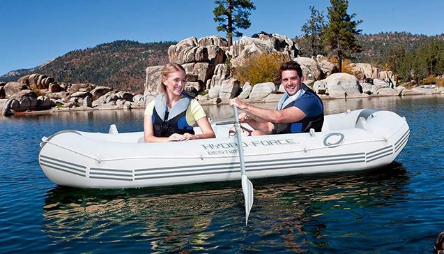 Виды надувных трехместных лодок.jpg