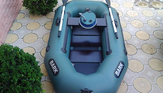 Лодка ПВХ 210 сантиметров3.jpg
