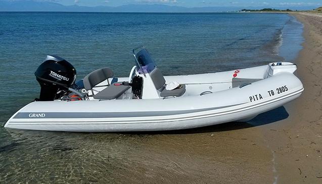 Конструкция надувных лодок с жестким дном.jpg
