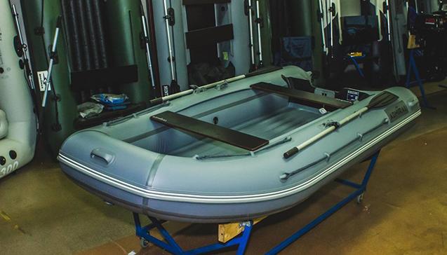 Лодка ПВХ 350 сантиметров.jpg