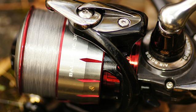 Катушка для спиннинга Daiwa Ballistic 3000.jpg