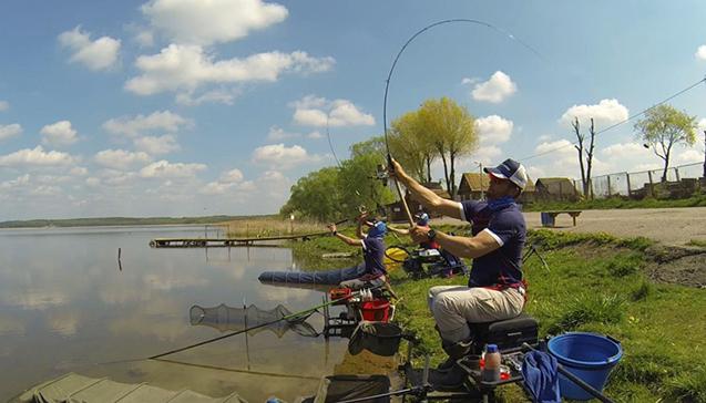 Рыбалка на удилище Colmic.jpg
