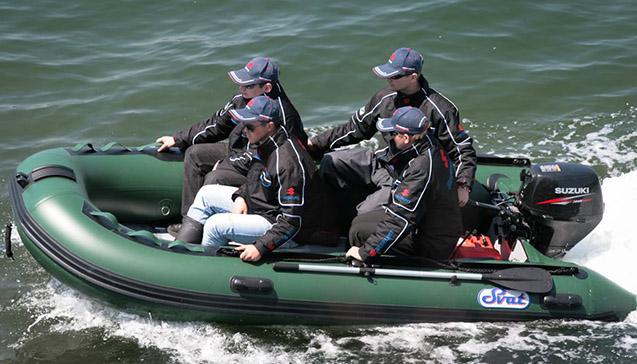 Четырехместные резиновые лодки.jpg