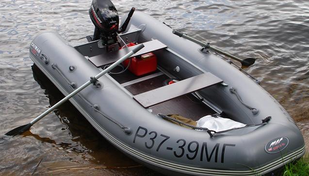 Как выбрать трехместную надувную лодку для рыбалки.jpg