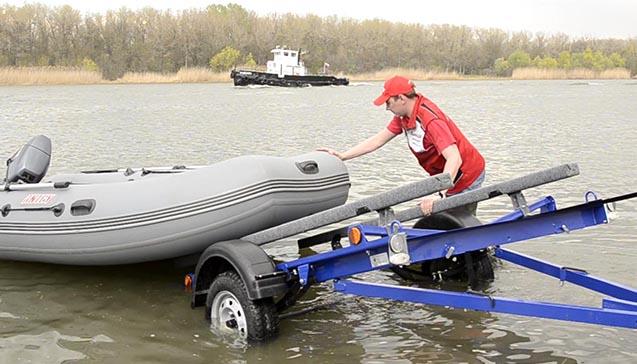 Перевозка резиновой лодки.jpg