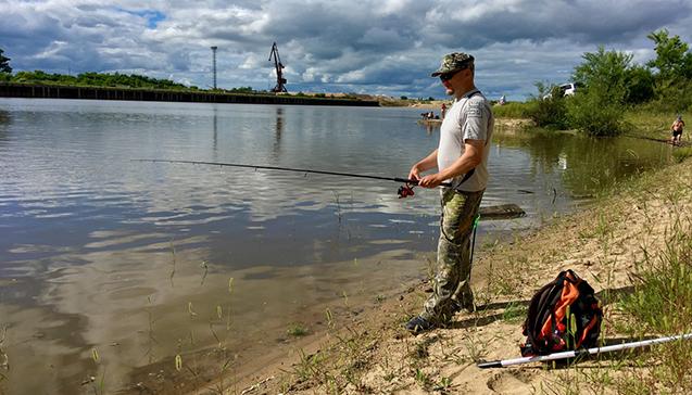 Рыбалка на спиннинг с берега.JPG