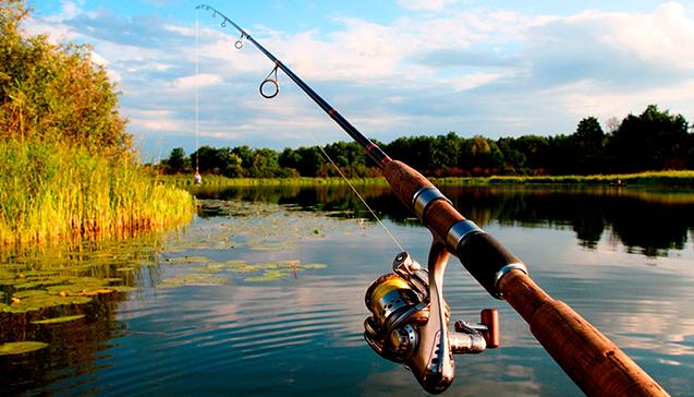 Особенности рыбалки на озере.jpg