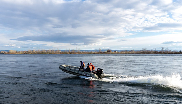 Виды надувных лодок Стрела.jpg