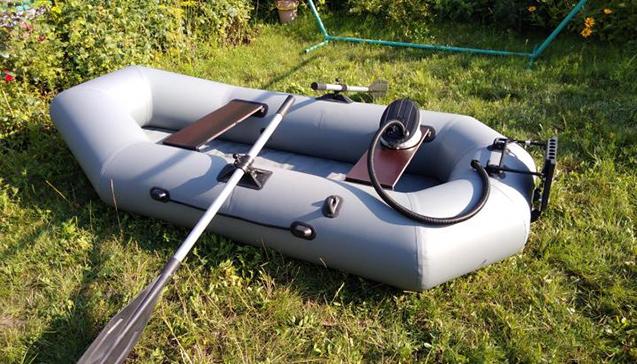 Лодка ПВХ 240 сантиметров2.jpg