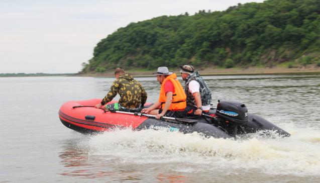 Надувные лодки Гладиатор 350.jpg