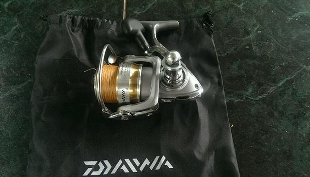 Катушка для спиннинга DAIWA REVROS MX 2500.jpg