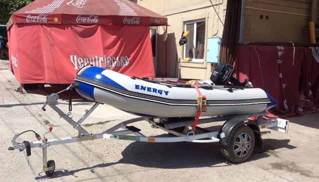 Перевозка лодки на прицепе.jpg