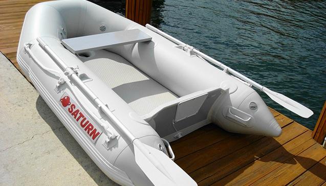 Лодка ПВХ 230 сантиметров2.jpg